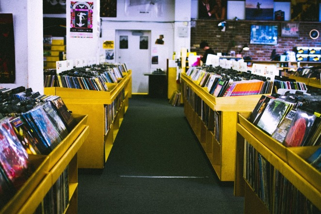 record-store-925553_960_720